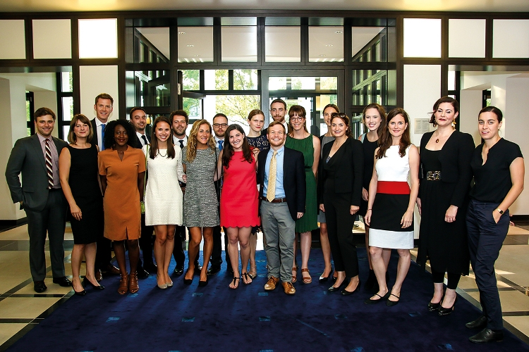 ICFJ Arthur F. Burns Fellowship Program 2019 for United States Reporters (Moneyed)