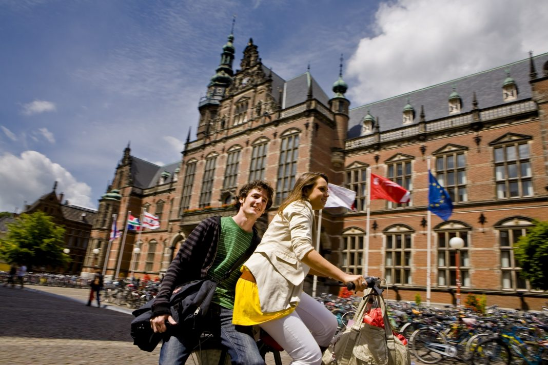 Eric Bleumink Fund Scholarship 2020/2021 for Master's Research study at University of Groningen