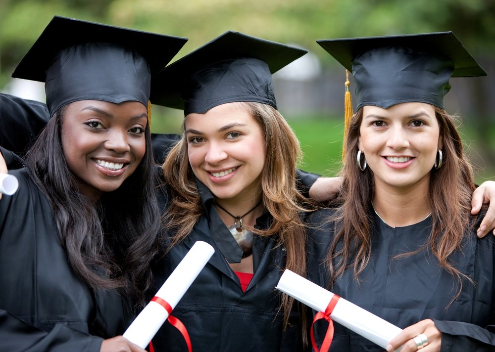 Sunflower Initiative Harriet Fitzgerald Scholarship 2021-2022 for Women to Study in the U.S. (Up to $10,000)