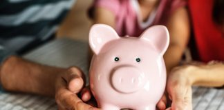 Finding Financial Aid Resources Through College Cash