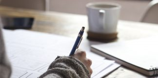 5 Universally Easy Tips to Help You Improve Your Grades