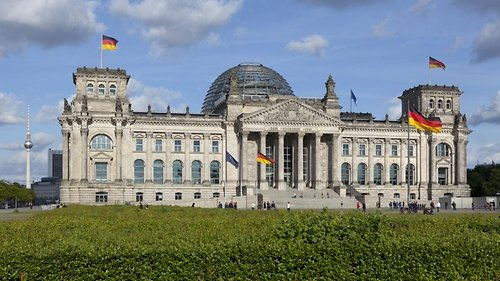 German Bundestag International Parliamentary Scholarships (IPS) Scheme 2021/2022 for young University Graduates (500 Euros/Month & Fully Funded to Berlin,Germany)