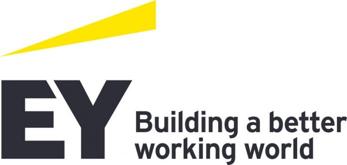 Ernst & Young (EY) 2021 CA STREAM Bursary (Matric & University) for young South Africans.