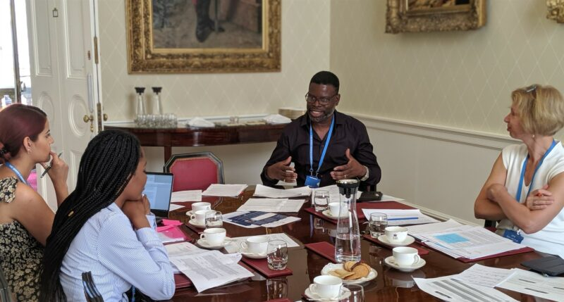 Apply to become a Volunteer Judge for the Queen's Commonwealth Essay Competition 2021